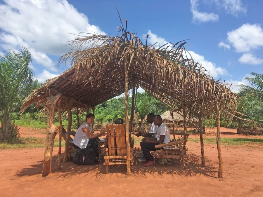 "We conducted interviews with ""mamans"" and village chiefs to better understand why people may stop taking malaria medication, and to learn more about their usage of bed nets. © Katie Whitehouse/MSF"