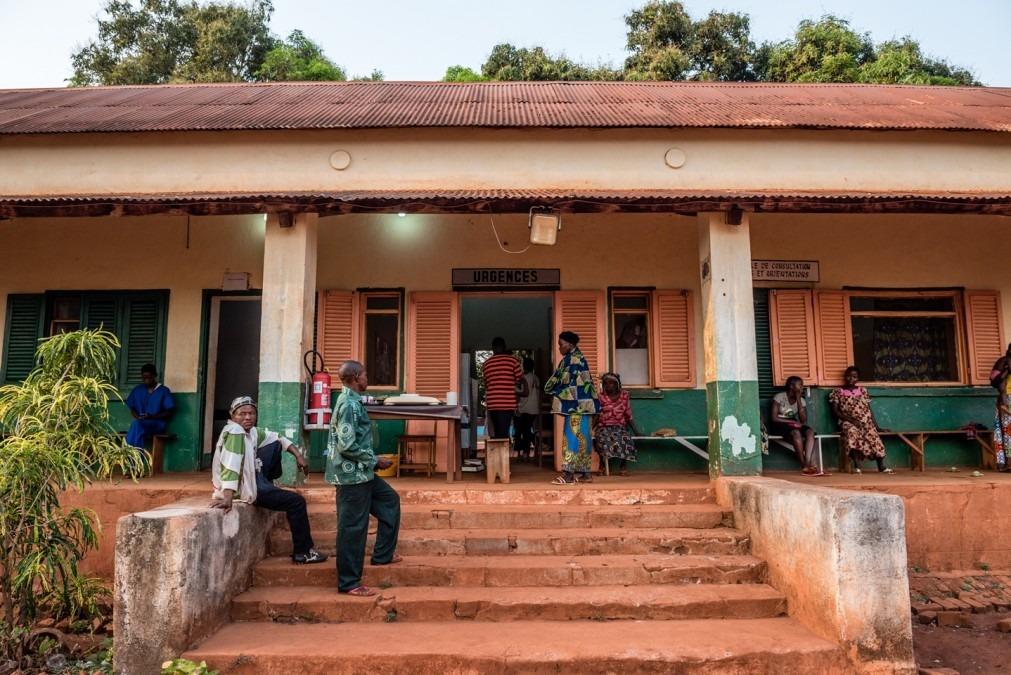 Entrée des urgences de l'hôpital MSF de Bangassou, en RCA, en février 2017. © Borja Ruiz Rodriguez/MSF