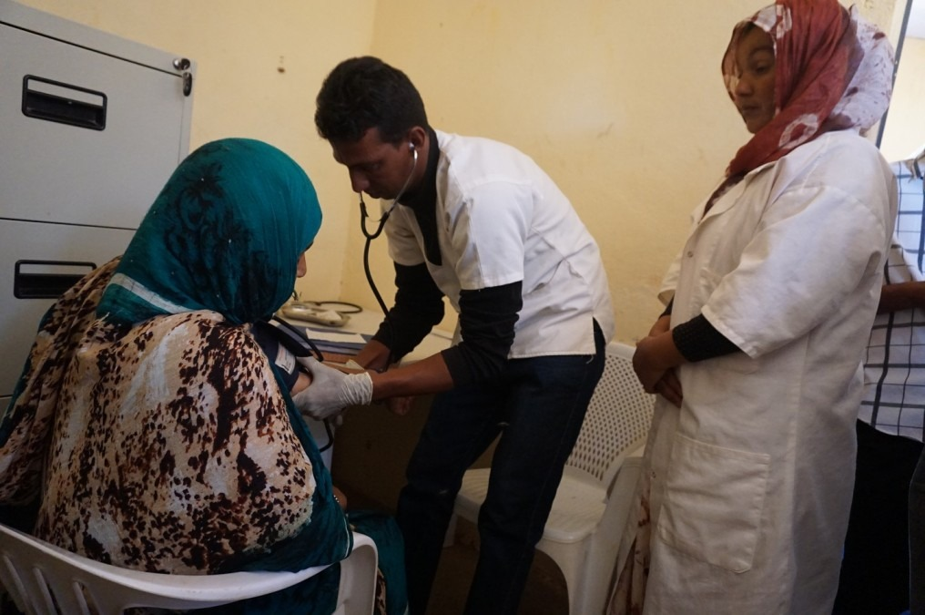 Effective treatment of NCDs involves regular follow-up visits to the clinic. © Anita Williams / MSF