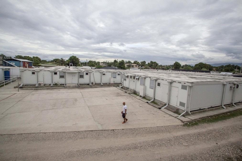 La cour du centre Nap Kenbé à Tabarre. Haïti, novembre 2017. © Jeanty Junior Augustin