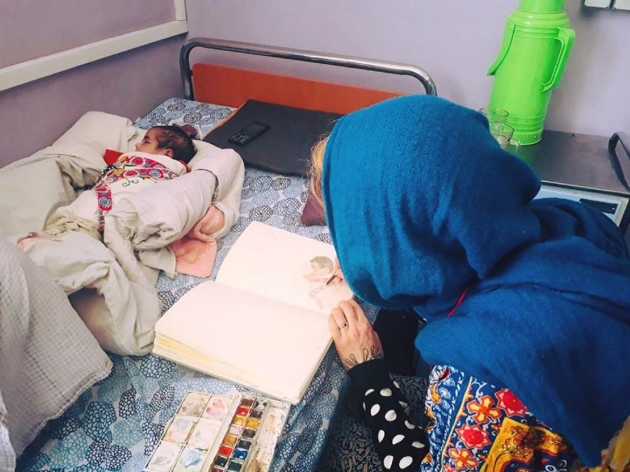 Aurelie Neyret, illustrator, recently visited MSF's Maternity in Khost to help give a voice to the staff and patients of who, for cultural reasons, cannot be portrayed in photo or video. Afghanistan. December 2017. © Aurelie Neyret/The Ink Link/MSF