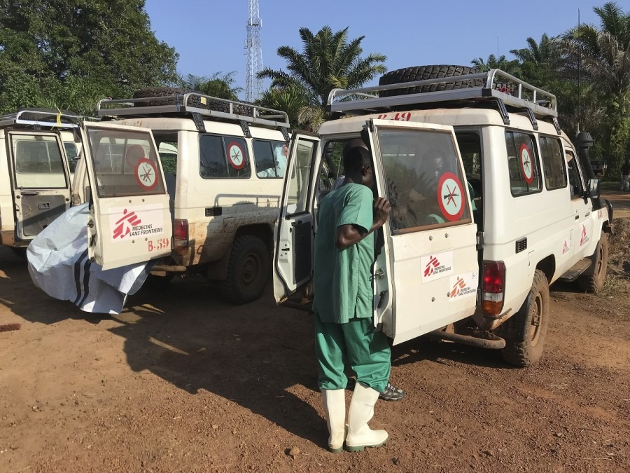 Preparation of the outreach teams in Bikoro, DRC, May 2018. © Louise Annaud/MSF