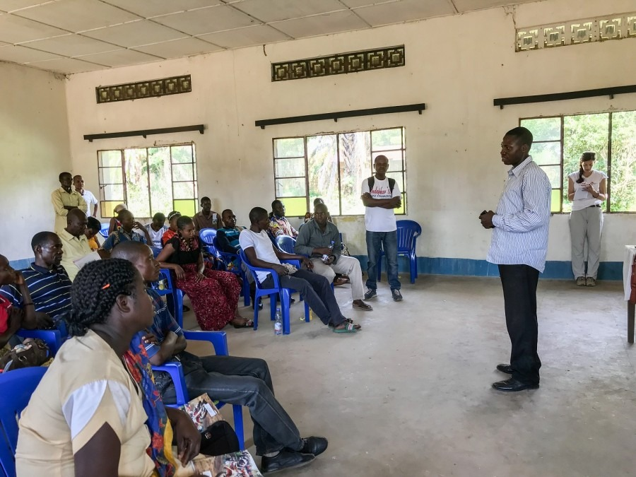 Training session for the health promotion teams in Bikoro, DRC, May 2018. © MSF/Louise Annaud