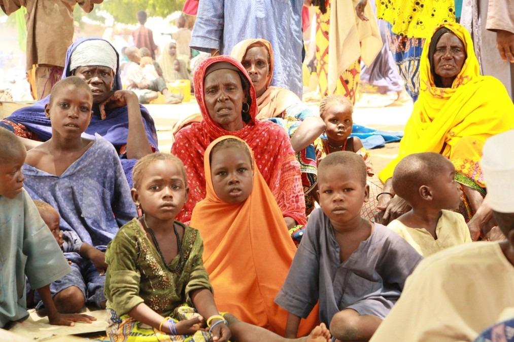 Des personnes déplacées arrivées récemment à Bama, dans l'État de Borno, au Nigeria, le 15 août 2018. © Nitin George/MSF