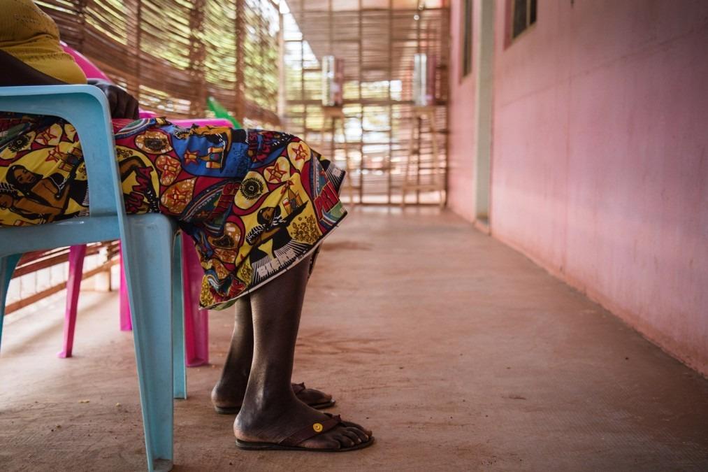 Tatiana a été détenue par des hommes armés à Bambari après la mort de son mari. Elle a été violée pendant plusieurs jours jusqu'à ce qu'elle puisse s'enfuir jusqu'à Bangui. @ MSF/Olivia Watson