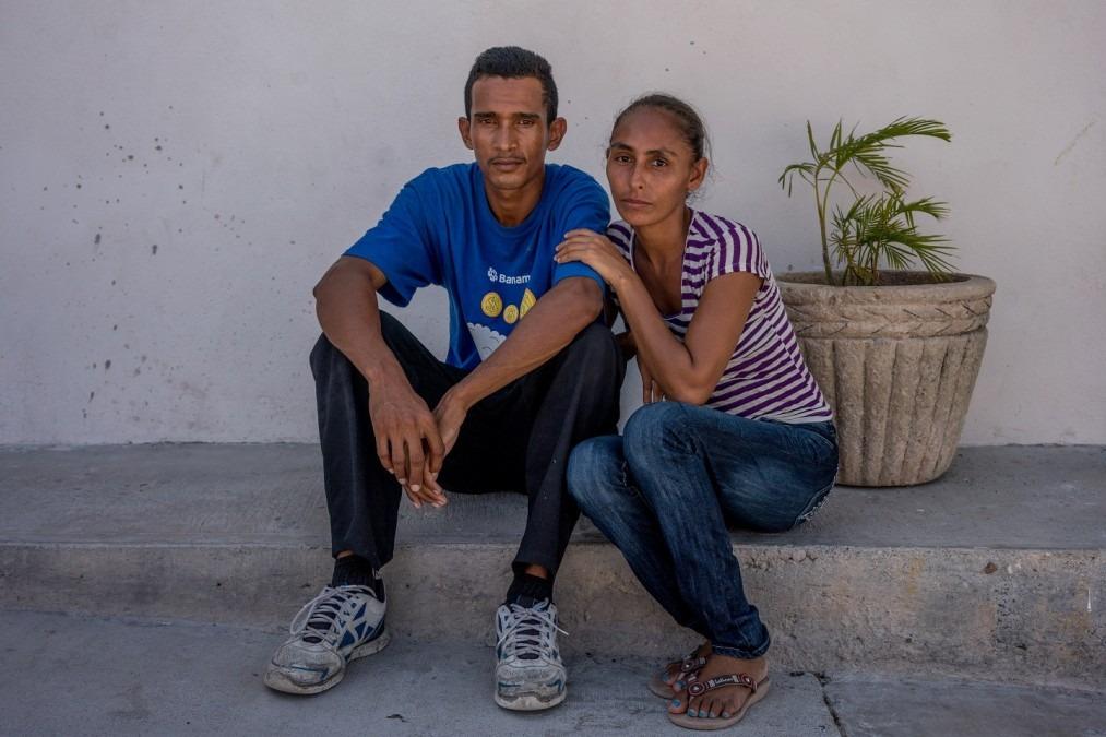Carlos et Ruth ont fui le Honduras avec leurs enfants, après que Carlos ait réussi à s'échapper d'un kidnapping. Mexique, mai 2017. © Dominic Bracco