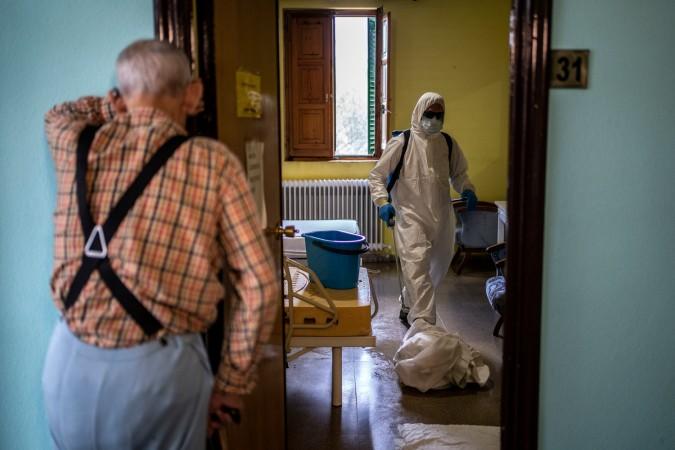 Maladies infectieuses, MSF, personnes âgées