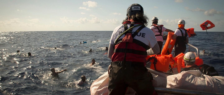 Migration. Opérations de secours en mer. Aquarius.
